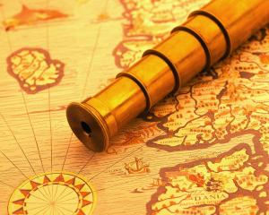 Travelling-Old-map-and-a-brass-telescope