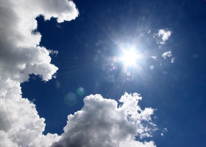 thumb_16 The beautiful blue sky-1_1024