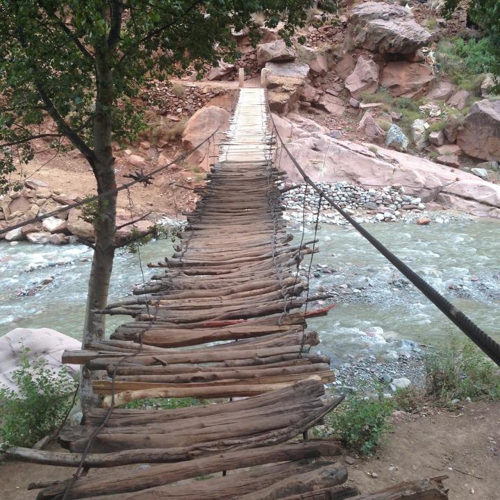 bridge-2080271_1280