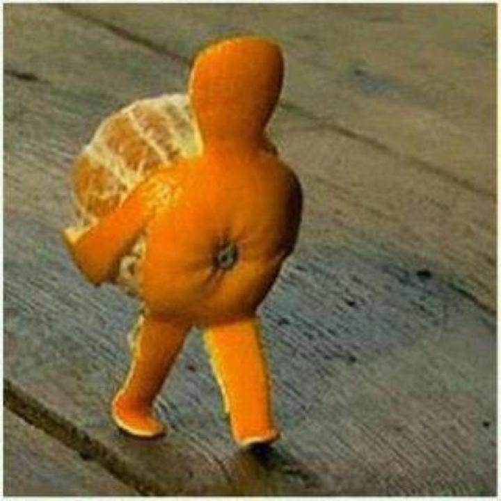 Orange peeled like a pregnant woman