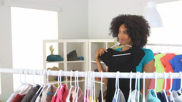 black-woman-shopping