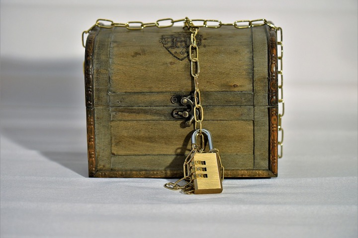 treasure-chest-3005312_1280