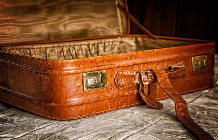 luggage-3297015_1280