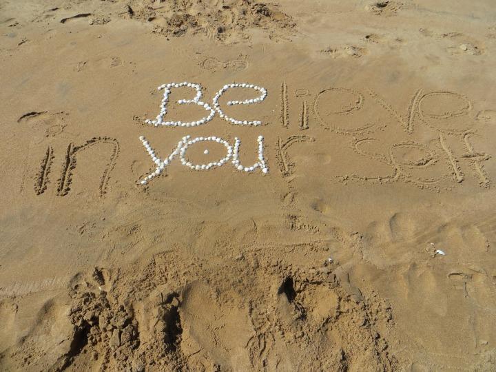 beach-1737038_1280